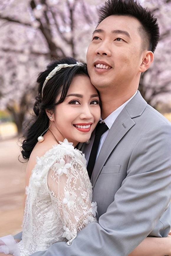 Vợ chồng Ốc Thanh Vân.