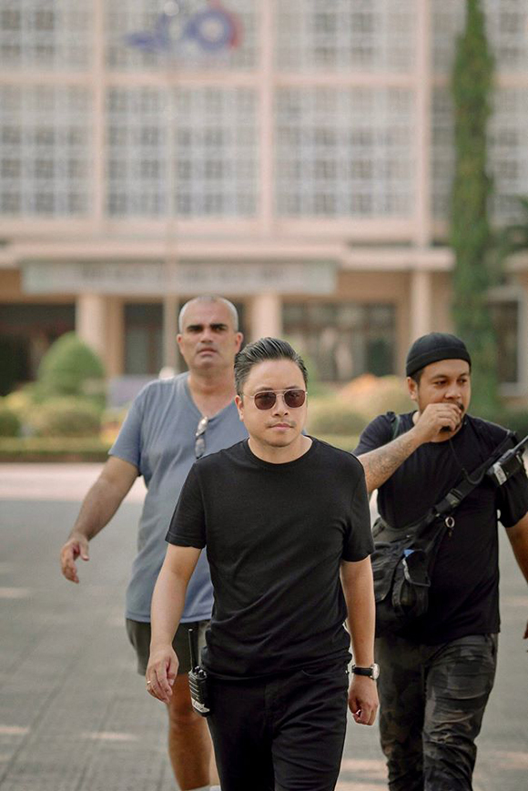 Victor Vũ tại phim trường Mắt biếc ở Huế.