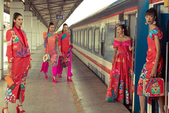 Chào năm 2020, hai nhà thiết kế Vũ Ngọc và Son trình làng bộ sưu tập mới nhất dành cho xuân Canh Tý với các mẫu trang phục hiện đại, áo dài cách tân.