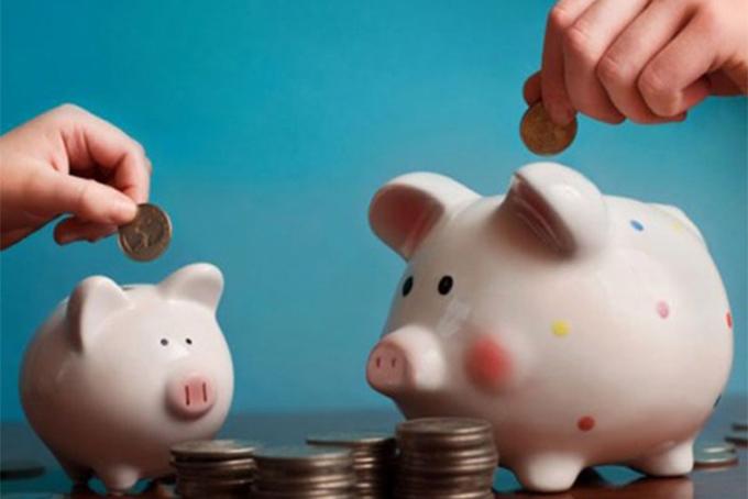 Quy tắc 50/20/30 giúp kiểm soát tài chính dễ dàng hơn. Ảnh: Chinadaily.