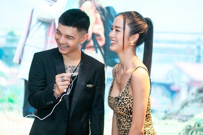 Ca sĩ Cường Seven cùng bạn gái - siêu mẫu Vũ Ngọc Anh đến mừng sản phẩm âm nhạc đầu tay của Khả Ngân.