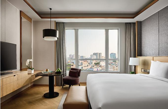 Phòng nghỉ hiện đại, sang trọng mà vẫn gần gũi, ấm cúng của New World Sài Gòn.