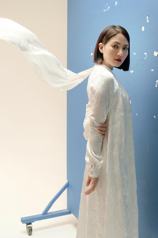 Ngọc Lan hyvọng với sự thay đổi lớn về ngoại hình, phong cách, những vai diễn mới của cô cũng sẽ được khán giả đón nhận và yêu mến trong năm 2020.