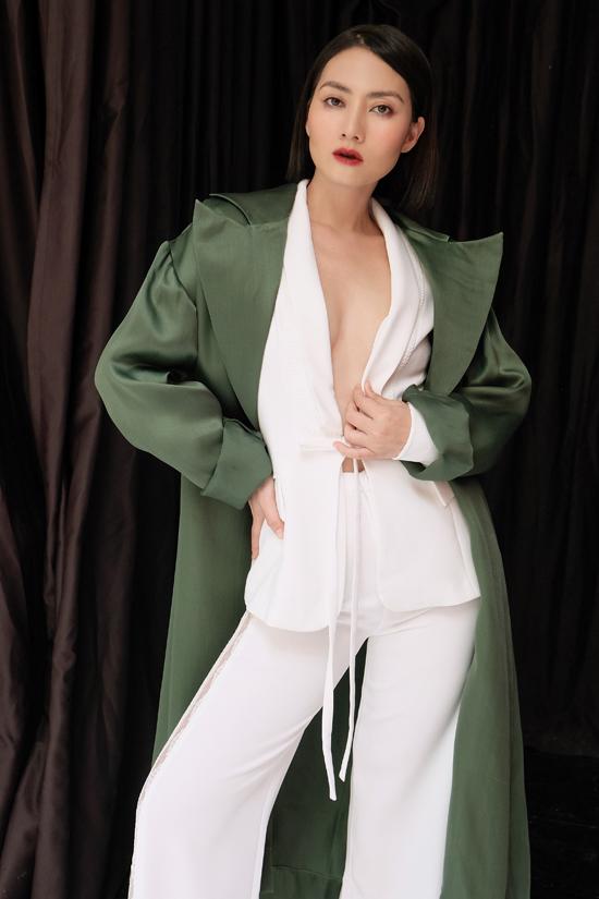 Để đánh dấu một cuộc sống mới, Ngọc Lan cũng thay đổi chính mình bằng mái tóc ngắn mái tóc gọn gàng vừa thanh lịch vừa cá tính khác hẳn với nét đằm thắm của mộtkiều nữ màn ảnh Việt trước đây.