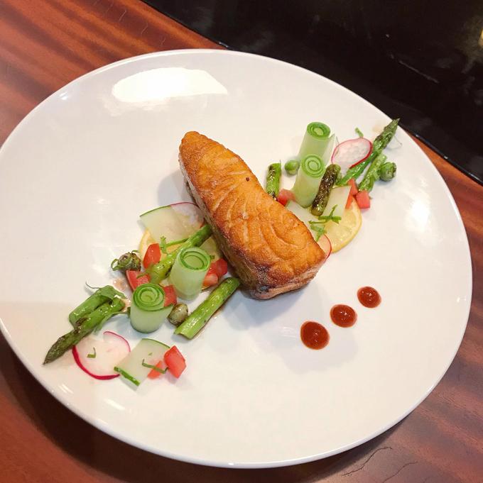 Các bữa ăn Tây chuẩn nhà hàng 5 sao của mẹ doanh nhân - 4