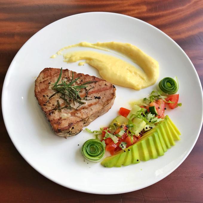 Các bữa ăn Tây chuẩn nhà hàng 5 sao của mẹ doanh nhân - 3