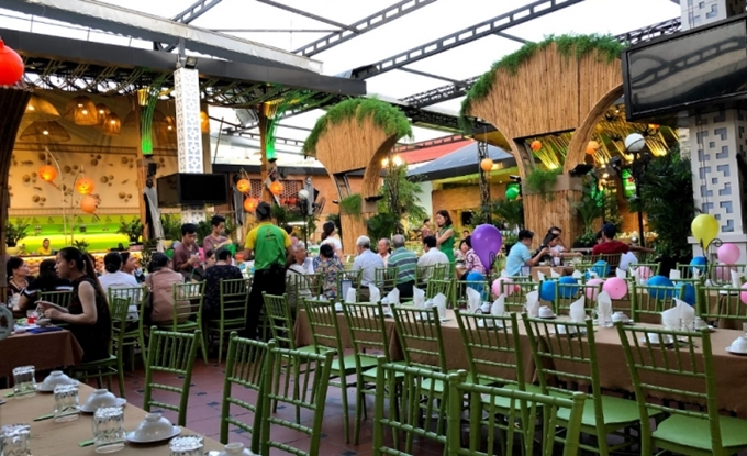 Địa chỉ cuối tuần: 5 quán không gian rộng tổ chức tiệc tất niên