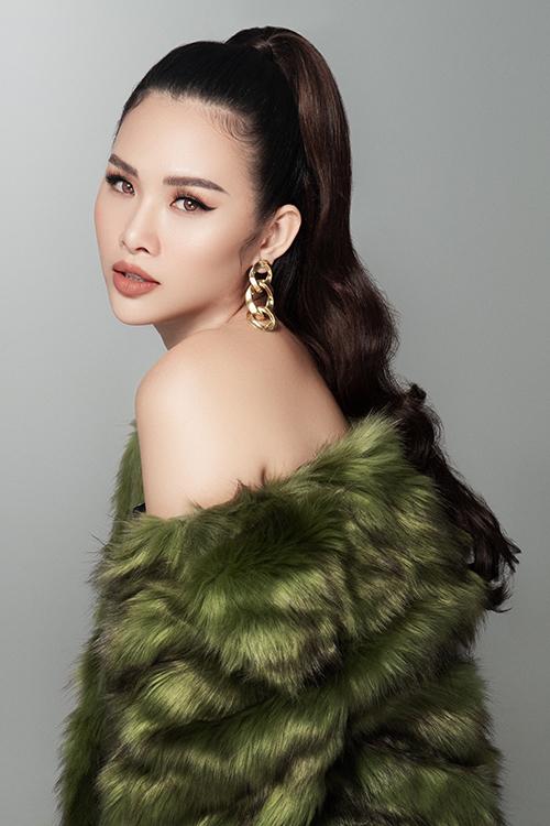 Nói về chế độ ăn khi giảm cân, Thanh Trang cho biết, cô ăn nhiều rau củ quả. Cô nói không với đồ chiên xào nhiều dầu mỡ.