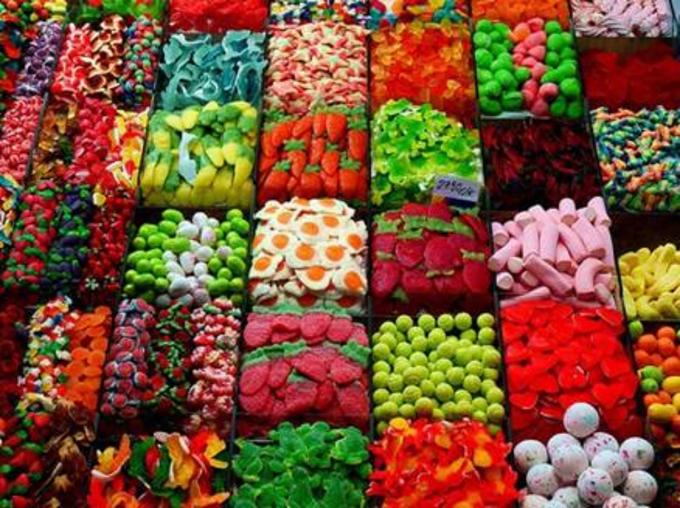 Mỗi màu sắc lại hợp với một mệnh riêng.