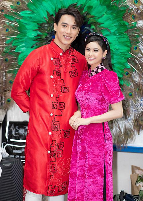 Cô hội ngộ người mẫu Thuận Nguyễn.