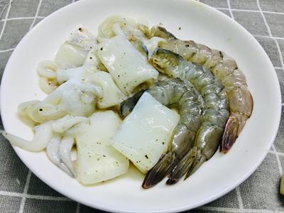 Bún gạo trộn hải sản - 2