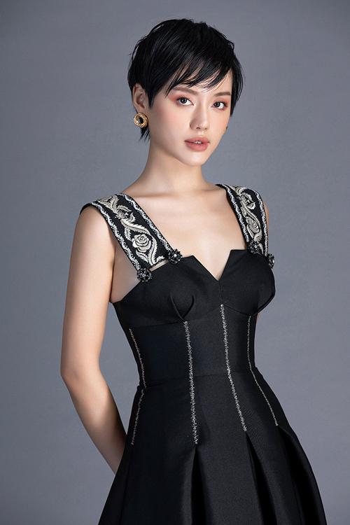 Khánh Linh diện đầm mùa xuân của Đỗ Long - 9