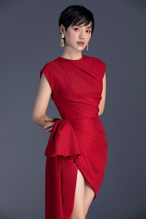 Khánh Linh diện đầm mùa xuân của Đỗ Long - 5