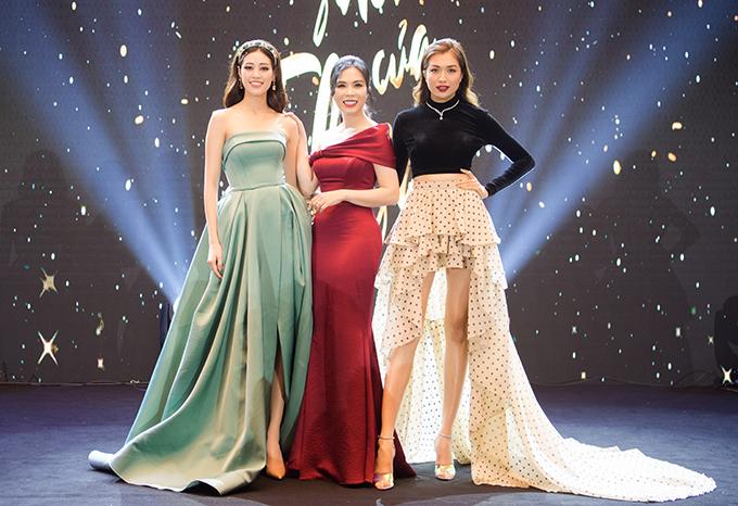 Hoa hậu Khánh Vân và á hậu Lệ Hằng hội ngộ doanh nhân Lưu Nga tại sự kiện.