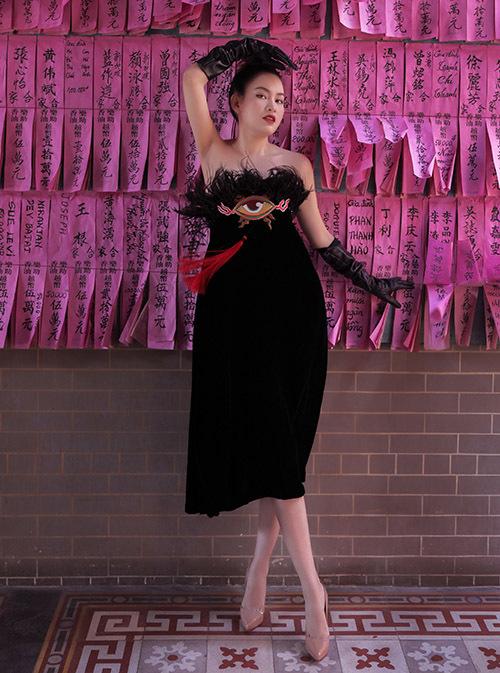 Diễm Trần cho biết cô vẫn độc thân vì muốn tập trung phát triển sự nghiệp. Tết năm nay người đẹp sẽ đón xuân mới cùng gia đình tại Sài Gòn.