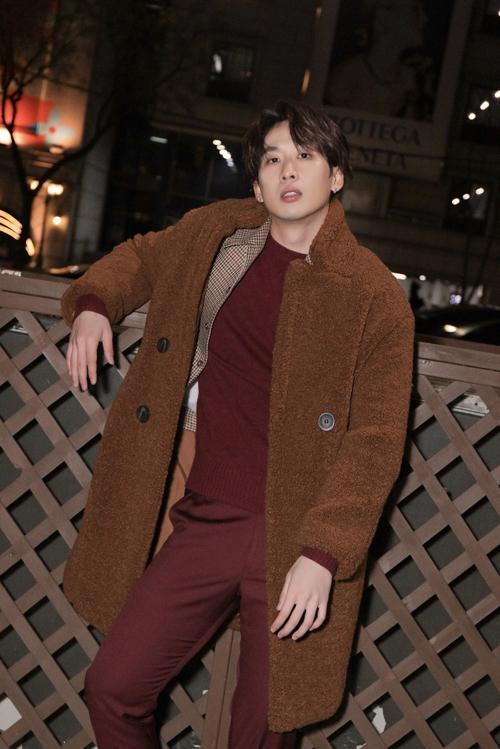 Cách phối trang phục nhiều layer phù hợp với các chàng dáng mảnh, chiều cao lý tưởng.
