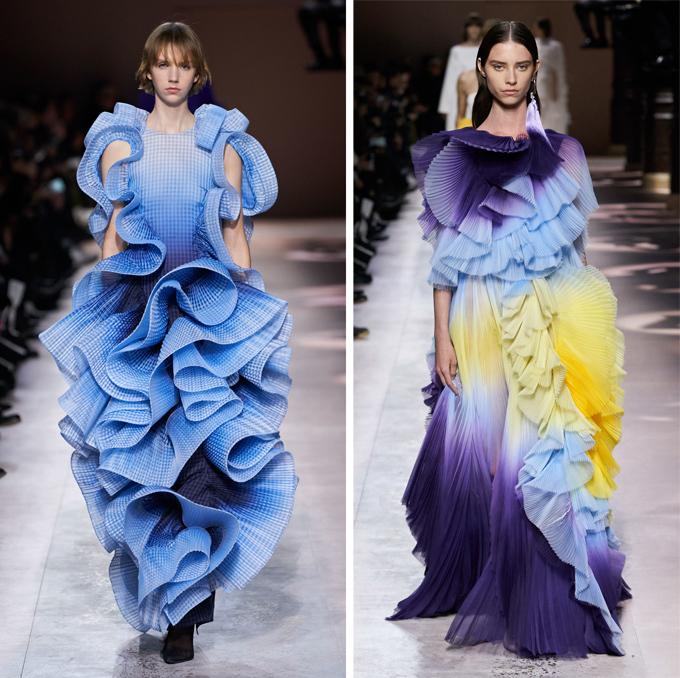 Xu hướng màu loang cũng xuất hiện trên sàn diễn Givenchy, đem tới hiệu ứng thị giác ấn tượng cho từng sóng vải uốn lượn.