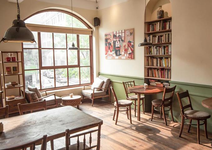 Những quán cà phê mở xuyên Tết ở Hà Nội - 4
