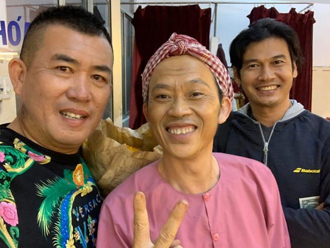 Sao Việt ăn Tết: người du xuân, người làm việc xuyên Tết