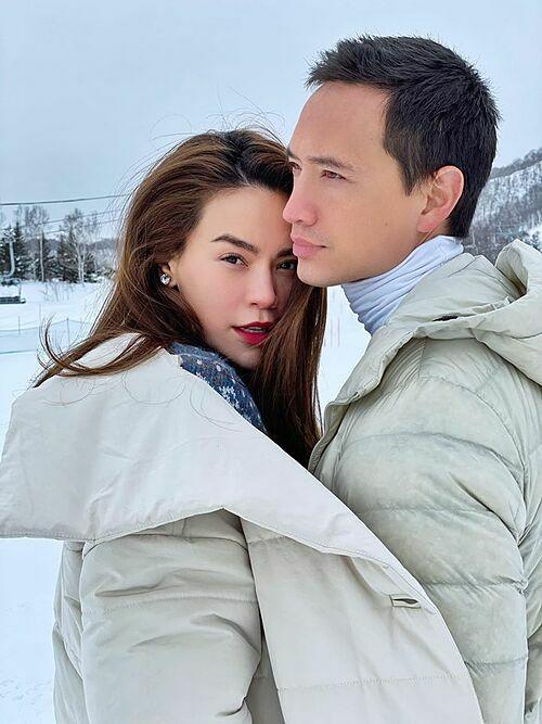 Hồ Ngọc Hà đăng ảnh tình tứ bên bạn trai Kim Lý trong chuyến du lịch Nhật Bản từ thứ 7 tuần trước. Nhiều khán giả khen cả hai đẹp đôi và có tướng phu thê.