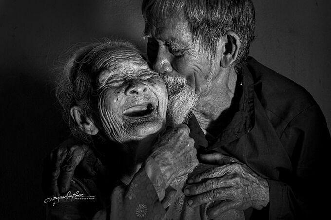 Bộ ảnh về tình yêu vĩnh cửu của ông Se và bà Lợi được nhiếp anh gia Nguyễn Vũ Phước thực hiện.