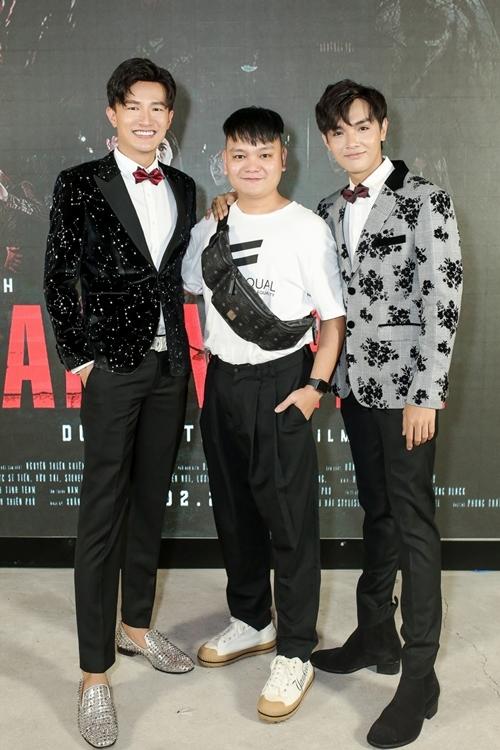 Diễn viên Trịnh Tú Trung (giữa) bày tỏ sự mong chờ đón xem các tập tiếp của series.