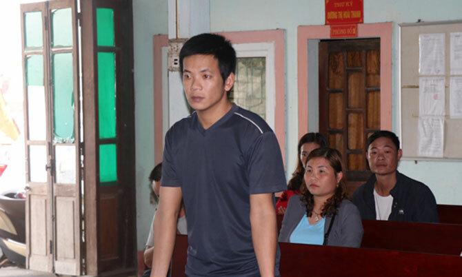 Bị cáo Long tại phiên xử. Ảnh: Thu Trang