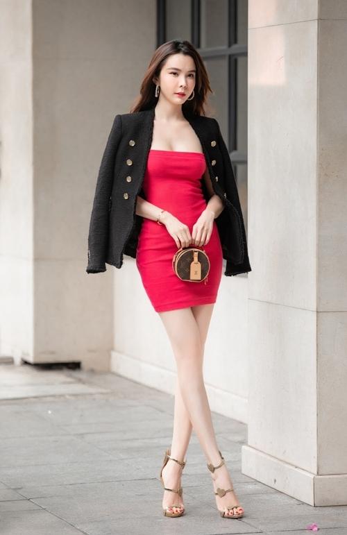 Năm 2018, Huỳnh Vy giành vương miện Hoa hậu Du lịch thế giới, tổ chức ở Philippines. Tết vừa qua, Huỳnh Vy có vai diễn điện ảnh đầu tiêntrong bộ phim Bí mật đảo linh xà. Thời gian tới, cô dự địnhhoạt động tích cực, tạo sự đột phá hơn trong sự nghiệp.