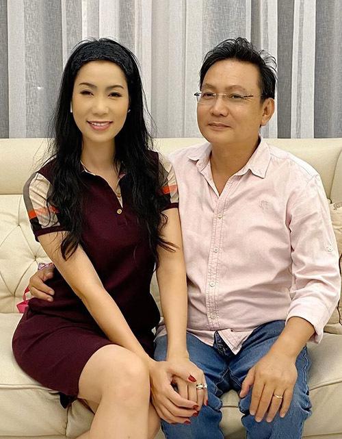Trịnh Kim Chi tiết lộ, bí quyết để vợ chồng cô giữ gìn hôn nhânlà người luôn chung thuỷ, tin tưởng và tôn trọng nhau.