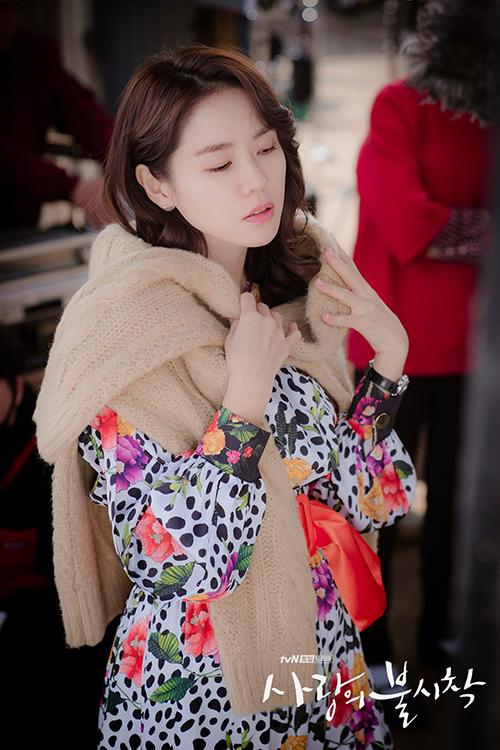 Mặc đẹp như Son Ye Jin trong Hạ cánh nơi anh - 9