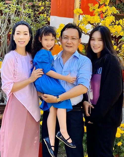 Ông xã luôn ủng hộ Trịnh Kim Chi và các con theo đuổi đam mê nghệ thuật.