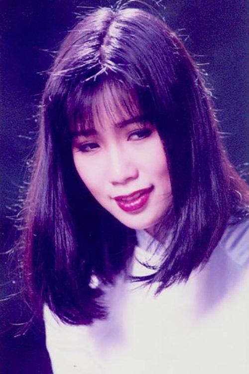 Á hậu Việt Nam 1994 là một trong số ít các mỹ nhân nổi danh từ thập niên 1990 còn hoạt động nghệ thuật.