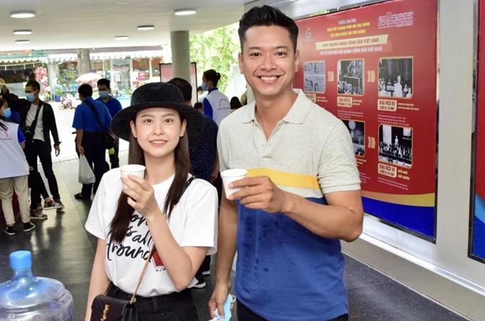 Trương Quỳnh Anh, Hồ Đức Vĩnh đi hiến máu