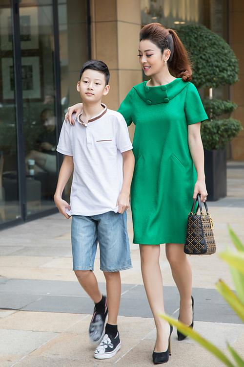 Bảo Nam là kết quả cuộc hôn nhân giữa cô và ca sĩ Quang Dũng. Cậu bé năm nay hơn 11 tuổi và có nhiều nét giống ca sĩ Quang Dũng.