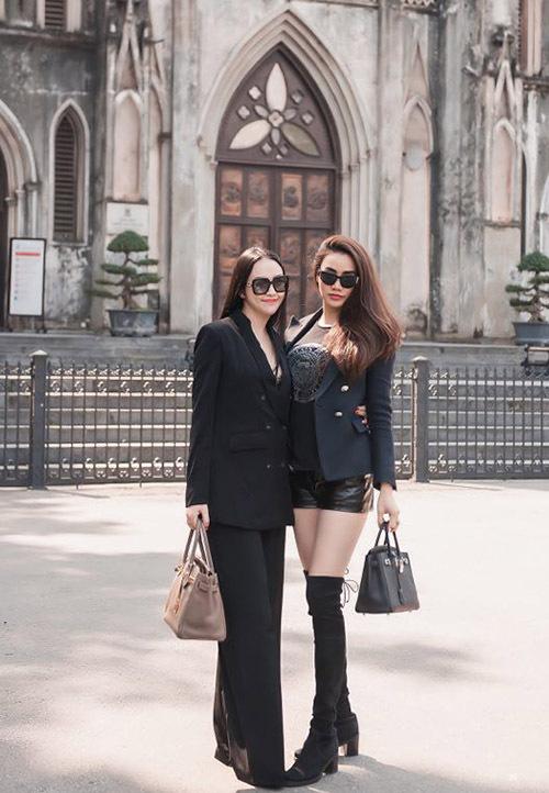 Trang Nhung cho biết cô và vợ Tuấn Hưng chơi thân từ 3 năm nay. Hai người có chung nhiều sở thích về thời trang, làm đẹp.