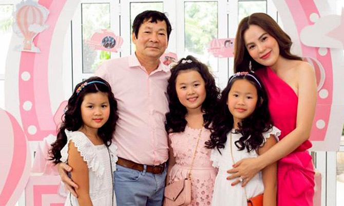 Phương Lê viên mãn bên chồng đại gia và ba con gái