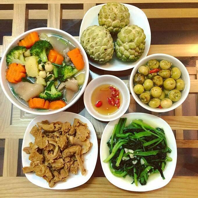 Mâm cơm người vợ ung thư nấu ăn hàng ngày cho chồng khiến chị em nể phục - Ảnh 3.