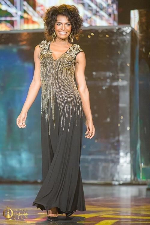 Mỹ nhân Pháp - Louiz trông già cỗi, quê mùa vì lựa chọn váy, trang điểm sai lầm.