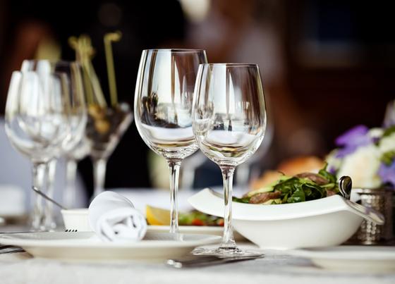 Bộ 6 ly rượu vang thủy tinh chịu lực Duralex Pháp Amboise trong 360 ml ngoài việc không bọt khí, nó không chứa chì, cadmium và BPA