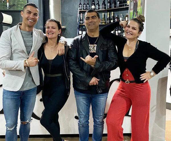 C. Ronaldo và gia đình được xác nhận không nhiễm nCoV.
