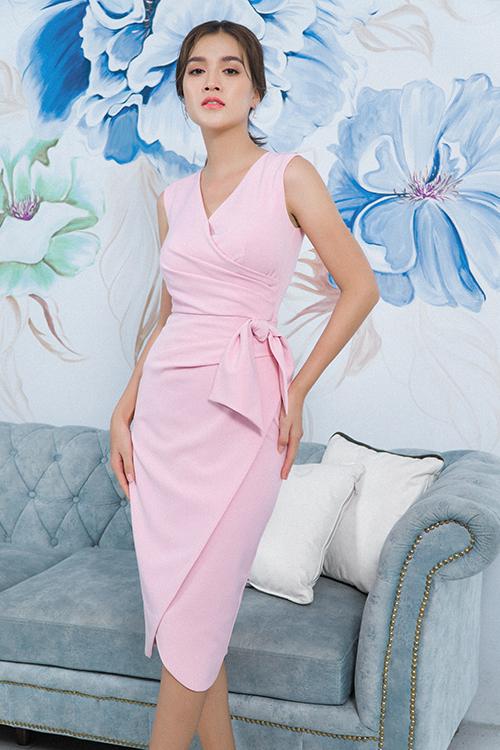 Váy thắt eo sắc màu trang nhã dễ sử dụng ở nhiều bối cảnh khác nhau, từ đi dạo, đến văn phòng hay tham gia tiệc nhẹ đều phù hợp.