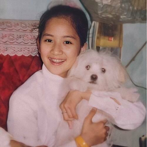Khánh Thi khoe hình năm 7 tuổi.