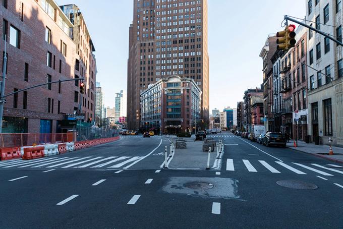 New York vắng vẻ đến điên rồ vì Covid-19 - 9