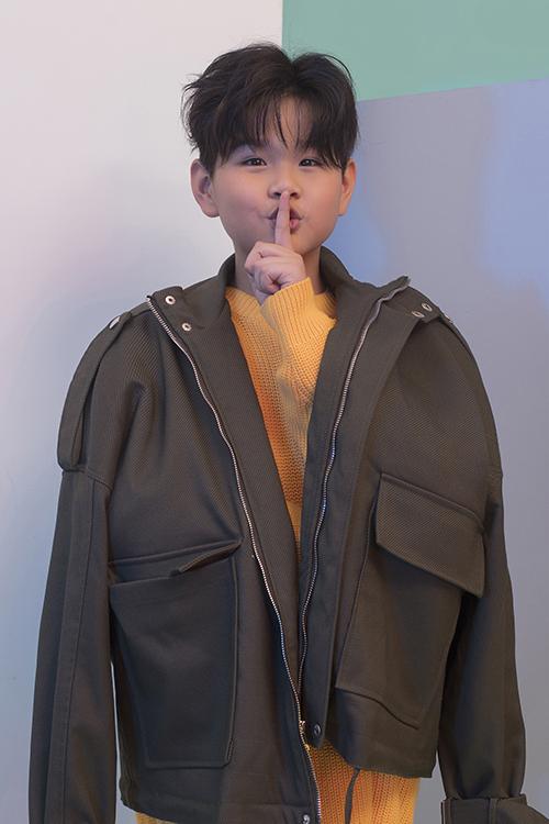 Phong Vinh là người mẫu duy nhất được chọn làm đại sứ Asian Kids Fashion Week trong 4 mùa liên tiếp và đanh tham gia chương trình Model Kids VietNam.