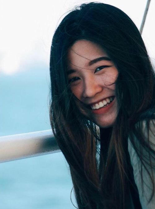 Chuyến bayhôm 19/3 là lần đầu tiên cô về nhà sau hơn một năm du học tại Hà Lan. Ảnh: NVCC.