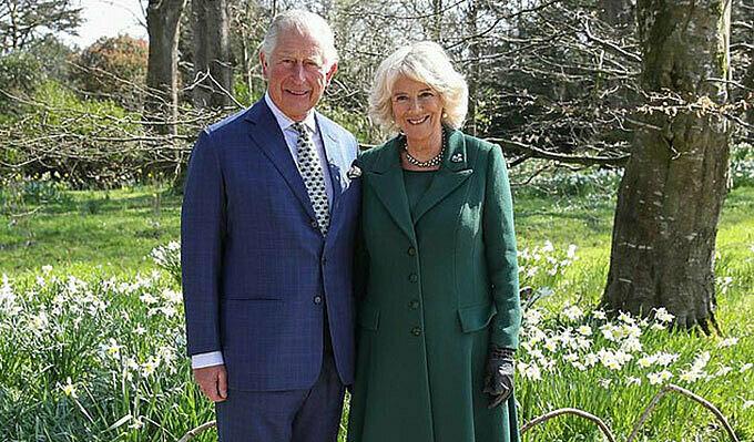 Thái tử Charles và Nữ công tước xứ Cornwall tại Balmoral, Scotland năm 2019. Ảnh: PA.