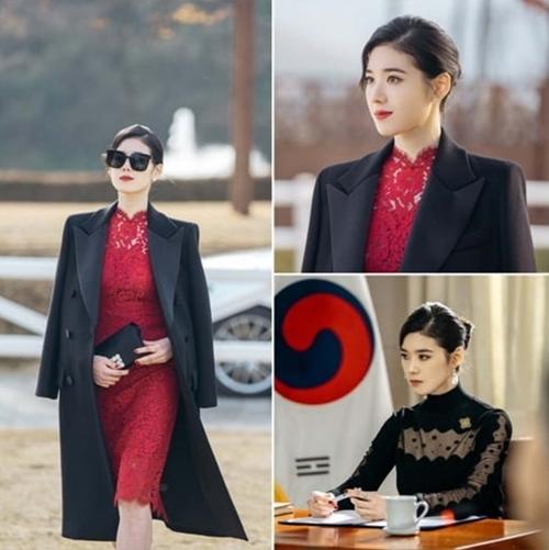 Jung Eun Chae đóng vai nữ thủ tướng Seo Ryeong trong The King: Quân chủ vĩnh hằng.