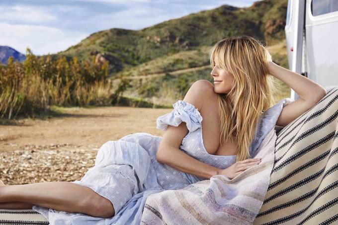 Heidi Klum được mời làm gương mặt trang bìa cho tạp chí Red tháng tư. Siêu mẫu người Đức xuất hiện với vẻ đẹp tự nhiên tràn đầy sức sống dù đã ngấp nghé tuổi 50.