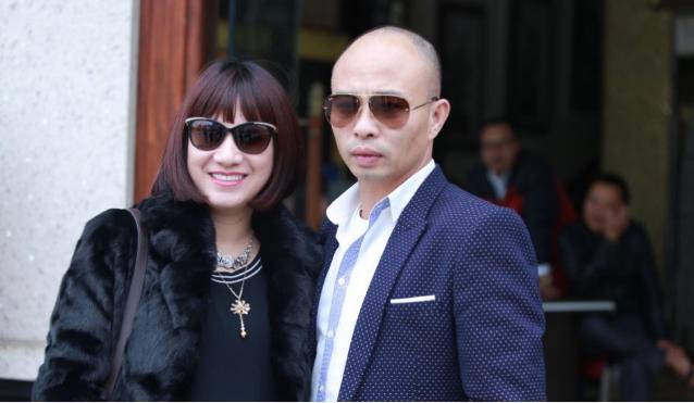 Vợ chồng đại gia Đường Nhuệ. Ảnh Facebook nhân vật.