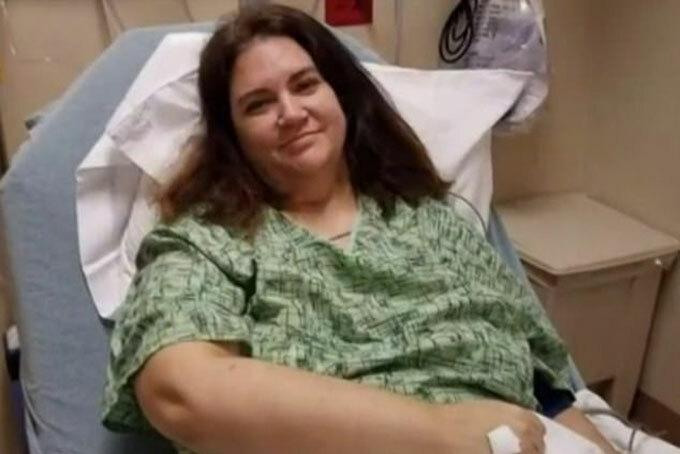 Brummert ở một bệnh viện tại Charlotte, bang Bắc Carolina sau khi bị sốt, ho, mất khứu giác, mệt mỏi, đau đầu và khó thở. Ảnh: WCNC.